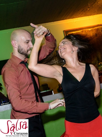 Salsa Cubana/Rueda de Casino Beginner Workshop